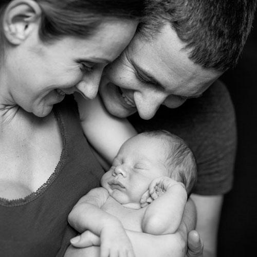 Andrae Michaels National Portrait Studio provides in-studio family portrait photography