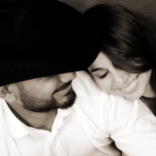 Andrae Michaels National Portrait Studio provides couples portrait photography