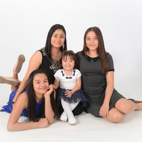 Andrae Michaels National Portrait Studio provides family portrait services