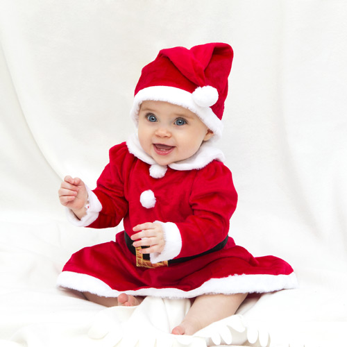 Andrae Michaels National Portrait Studio provides in-studio holiday themed photography