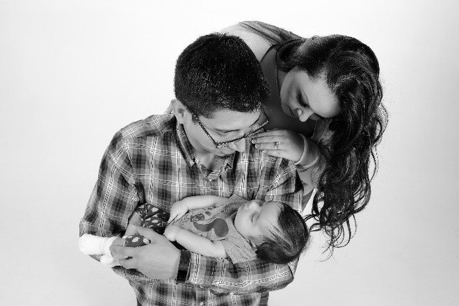 newborn family portrait photography from andrae michaels portrait studios in colorado springs